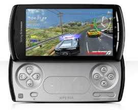 Celular Playstation Sony Xperia Play, jugando